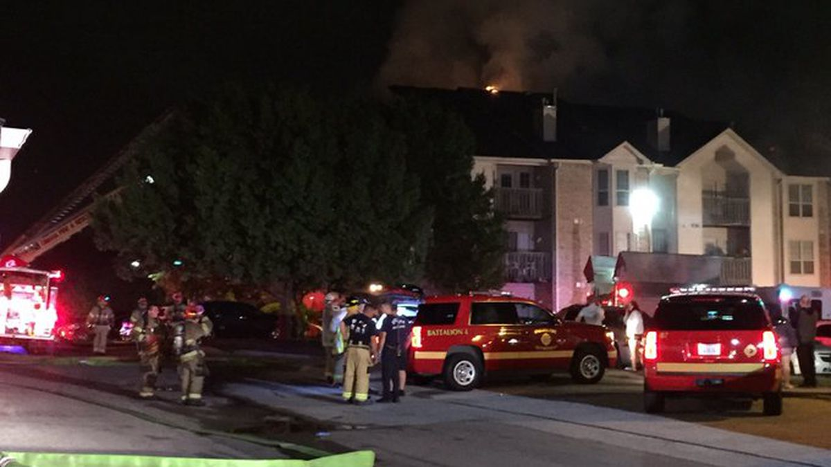 Omaha Fire was dispatched to an apartment complex near 142nd and Maple streets early Thursday, Aug. 8, 2019. (Ashly Richardson / WOWT)