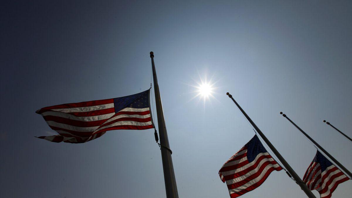 Flags flown at half staff in honor of Virginia Beach