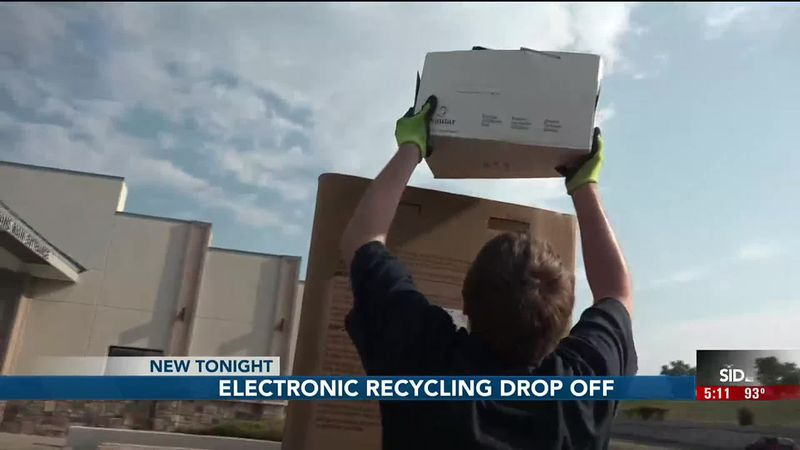 The Open Door Mission and Nebraska Recycles partnered up for a recycling event Saturday...