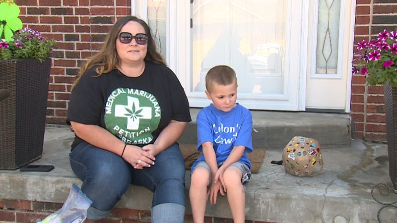 Gretna mom advocates for medical marijuana
