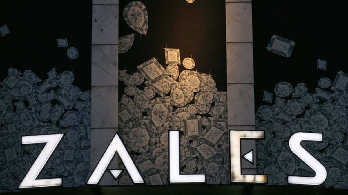 FILE - In this Aug. 7, 2008 file photo, a Zale's store is shown in New York. (Source: AP...