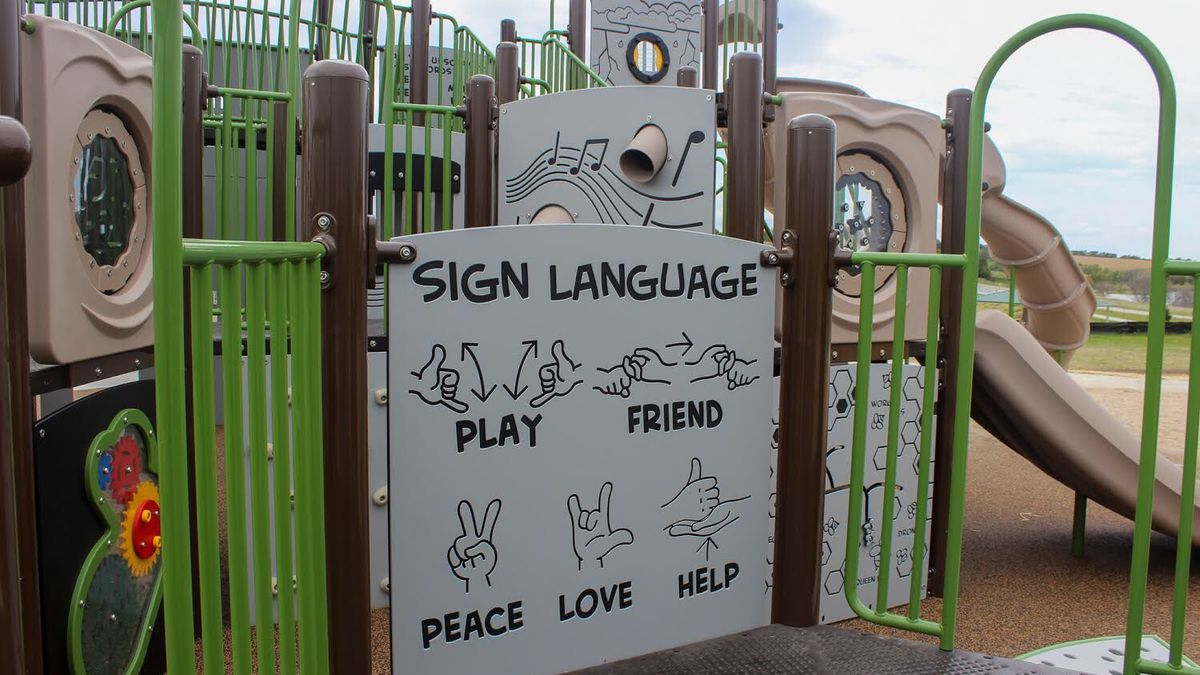 Flanagan Lake Park's new playground emphasizes accessibility. (Photo courtesy of Omaha Parks and Recreation)