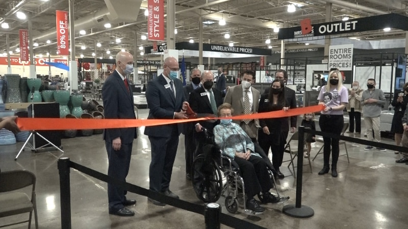 Mrs. B's hold a ribbon-cutting ceremony for its remodeled showroom