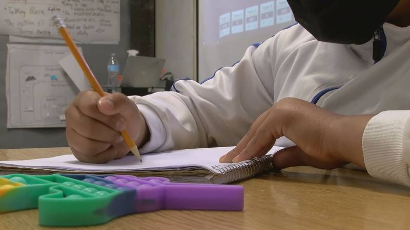 Healthcare workers speak out against mask mandates banned in schools
