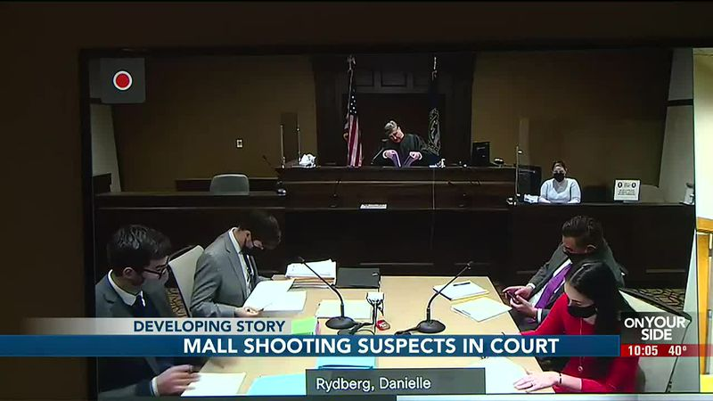 Mall shooting suspects in court - 10 pm