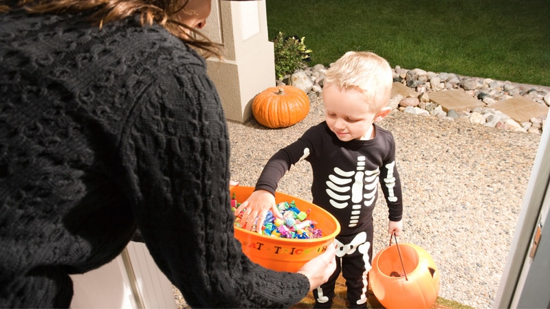 Nextdoor is urging neighbors to denote their Halloween plans.
