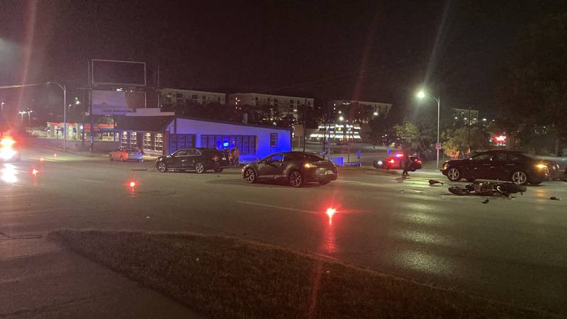 Omaha Police Department is investigating an early morning multi-vehicle crash.