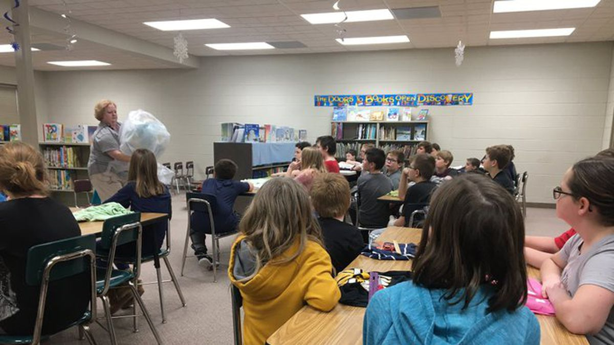 Students at West Harrison Elementary learn about the wildfires in Australia in class on Monday, Jan. 13, 2020. (Leigh Waldman / WOWT)