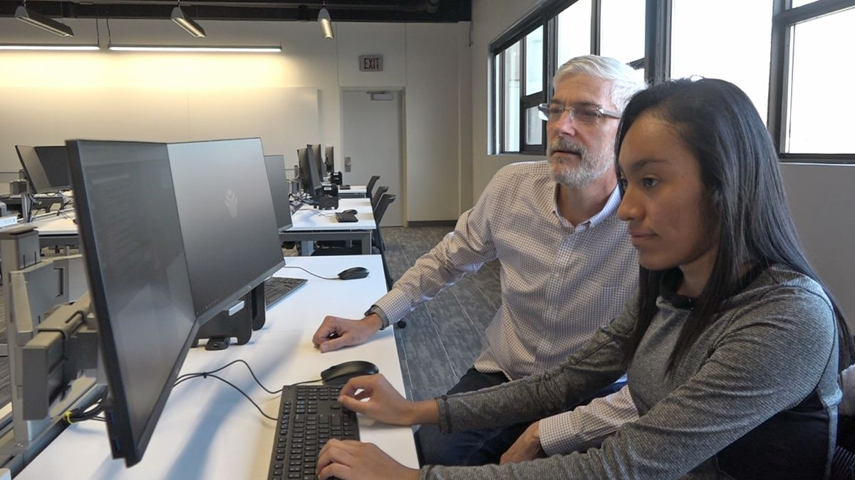 Bellevue University cybersecurity team hones skills in a nationwide competition.