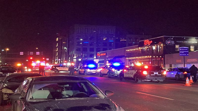 Four people hurt in shooting outside of an Omaha bar