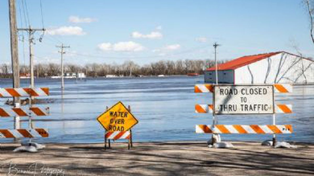 Flooding in Plattsmouth photographed by Marilyn Benner.